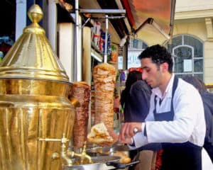 Picture of döner seller on the streets of Istanbul, Turkey.
