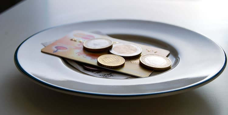 Picture of plate with tipping money in Istanbul, Turkey.