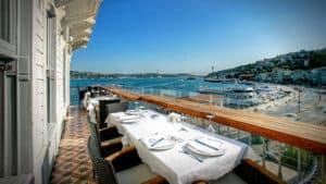 Sur Balık terrace table in Istanbul, Turkey.