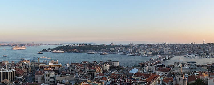 where to stay in istanbul beyoglu or sultanahmet